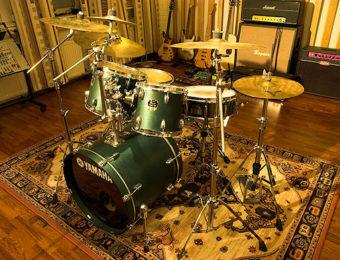 Äänitystilassa hyvä Yamahan rumpusetti